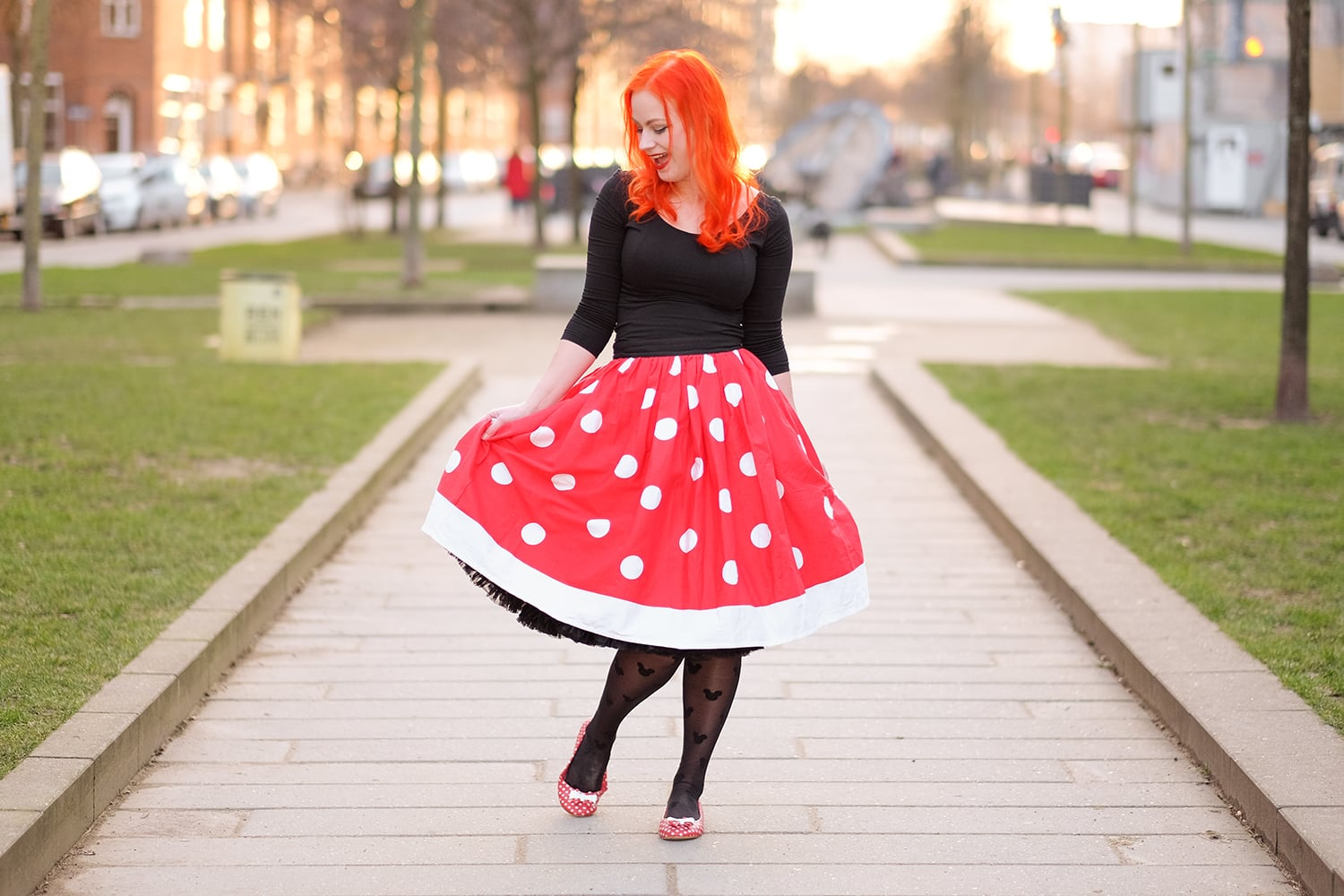 AlexiaDahl.com - A Minnie Mouse inspired outfit in a Unique Vintage polka dot skirt