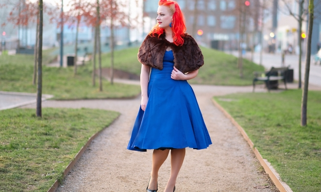 A Collectif Regina Doll dress and the Lilian Faux Fur cape
