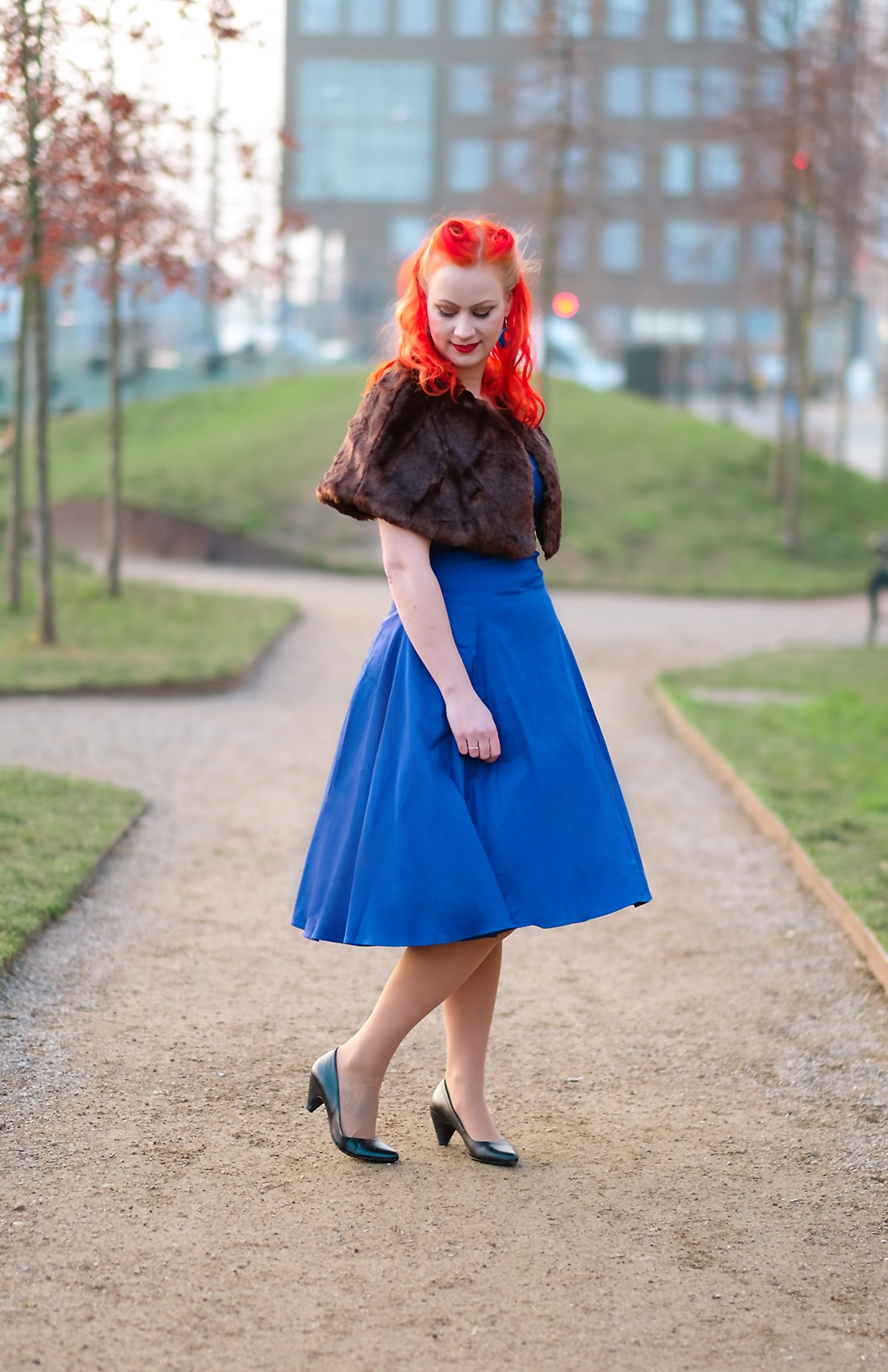 AlexiaDahl.com - Collectif Regina Doll dress and the Lilian Faux Fur cape