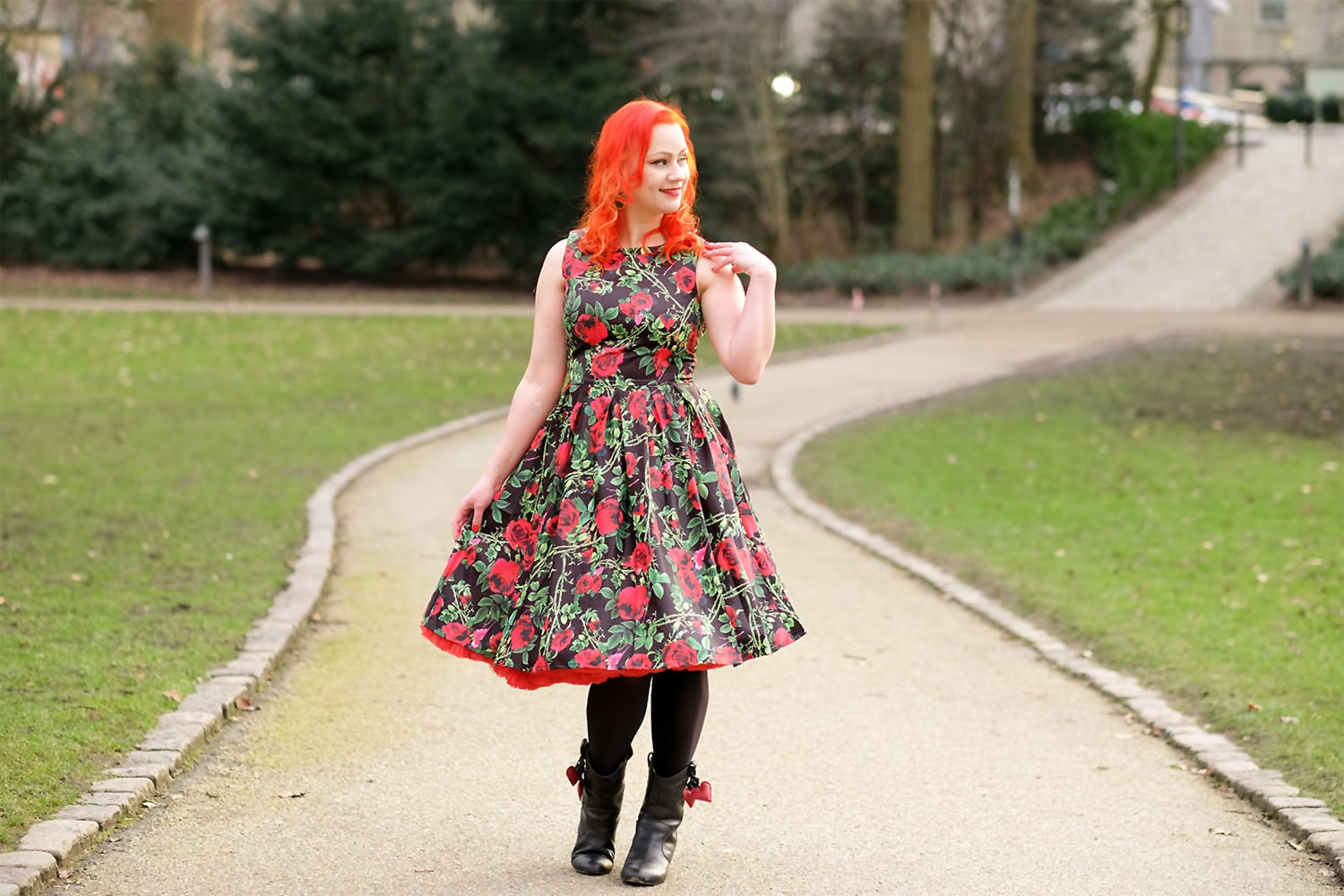 AlexiaDahl.com - Dolly and Dotty Annie Rose Thorns Floral dress