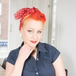 "Video: Look of the day ""Rosie the Riveter"""